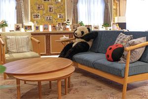ドラマ『ルパンの娘』に高野木工の家具が登場しています